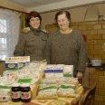 2/4 - Opole Lubelskie: 15 ton żywności przeszło przez ręce wolontariuszy