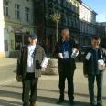 2/2 - Spontaniczna dobroczynność. W Bydgoszczy młodzież włącza się w pomoc
