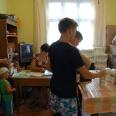 7/7 - Puławy: przekazują żywność, aby było na podręczniki