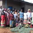 W Rwandzie osoby z HIV lub AIDS są członkami stowarzyszeń. Stowarzyszenie Twisungana w sektorze Kiramuruzi liczy 179 członków (w tym 129 HIV pozytywnych − 107 kobiet i 21 mężczyzn).