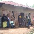 W Rwandzie wzrost zakażeń wirusem HIV datuje się na wojnę domową i okres ludobójstwa − wtedy dochodziło często do gwałtów. Obecnie jeden mężczyzna zaraża średnio 10 kobiet.