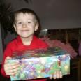1/1 - Bełchatów: słodycze i owoce dla dzieci, pomoc dla wszystkich