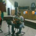 Samulel śpiewa kolędy
