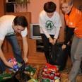 1/6 - Regimin: żywność i prezenty od wolontariuszy