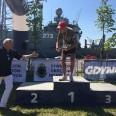 2/3 - Siedemdziesięciolatek najstarszym uczestnikiem biegu na 5 mil morskich